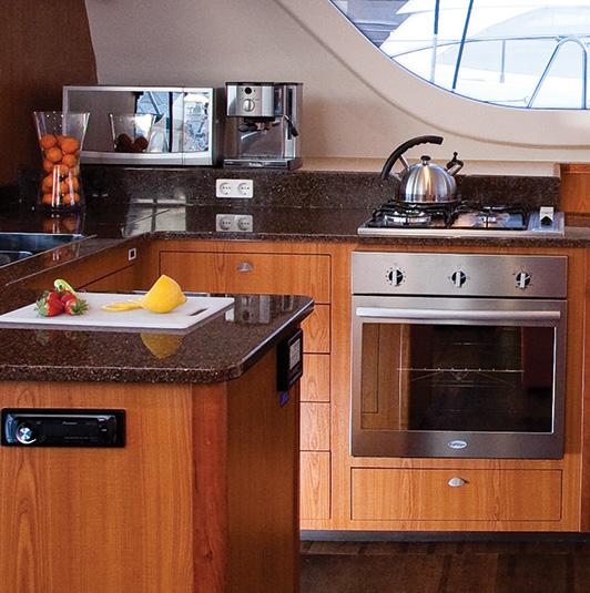 vision-yachts-interior-image